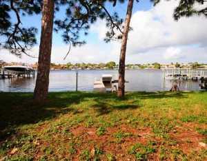 316 W Riverside Drive Jupiter FL 33469 House for sale