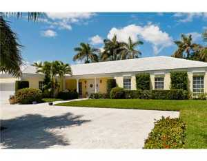 233 W Indies  Drive Palm Beach FL 33480 House for sale