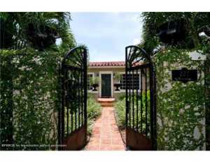 222  Mockingbird  Trail Palm Beach FL 33480 House for sale
