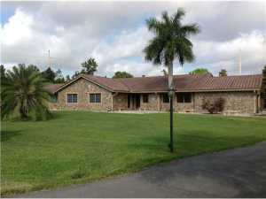 13511 SW 14th  Place, Davie, FL