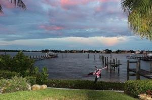 695 NE 15th  Place Boynton Beach FL 33435 House for sale