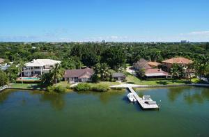 124 W Riverside Drive Jupiter FL 33469 House for sale