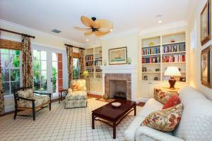 1232  Pelican  Lane Delray Beach FL 33483 House for sale
