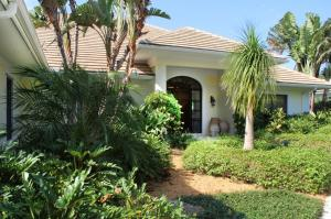 18625 SE Village Circle Tequesta FL 33469 House for sale