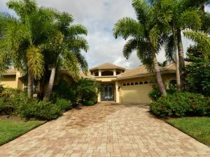 18 St. James Drive Palm Beach Gardens FL 33418 House for sale