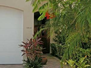 1018  Bay  Street Delray Beach FL 33483 House for sale