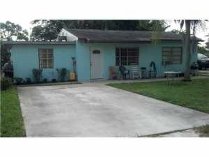 190  Post  Road West Palm Beach FL 33415 House for sale