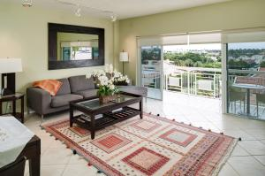 250  Bradley  Place Palm Beach FL 33480 House for sale