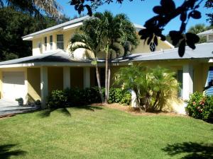 1722  Club  Drive Vero Beach FL 32963 House for sale