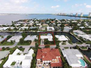 1100  Grand Bahama  Lane Riviera Beach FL 33404 House for sale