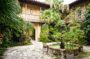 151  Grace  Trail Palm Beach FL 33480 House for sale