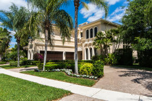17808 Villa Club Way, Boca Raton, FL