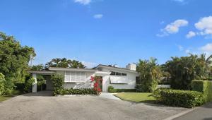 253  Jamaica  Lane Palm Beach FL 33480 House for sale