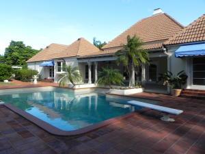 12441  Ridge  Road North Palm Beach FL 33408 House for sale