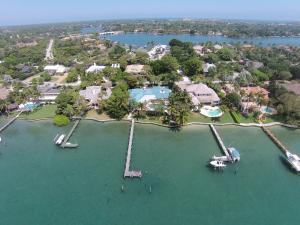 19 Bay Harbor Road Jupiter FL 33469 House for sale