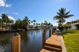 927  Tropic  Boulevard Delray Beach FL 33483 House for sale
