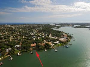 210 W Riverside Drive Jupiter FL 33469 House for sale