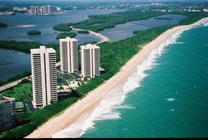 5550 N Ocean  Drive Singer Island FL 33404 House for sale