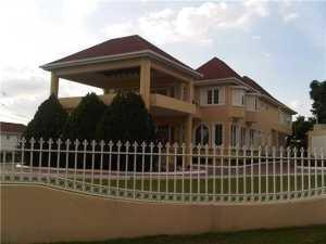 1  Great House Close Out of Country Out of Country 00000 House for sale