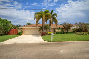 921  Cypress  Drive Delray Beach FL 33483 House for sale