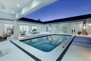 17 Coconut Lane Ocean Ridge FL 33435 House for sale