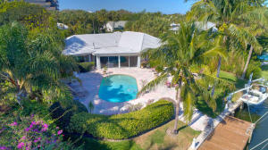 Property for sale at 11844 Lake Shore Place North Palm Beach FL 33408 in HIDDEN KEY NORTH
