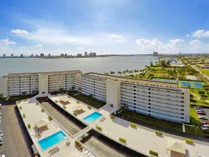 801 Lake Shore Drive Lake Park FL 33403 House for sale