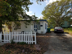 1181 W 32nd Street Riviera Beach FL 33404 House for sale