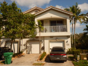 3199 Laurel Ridge Circle Riviera Beach FL 33404 House for sale