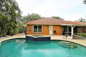 1084 Aspri Way Riviera Beach FL 33418 House for sale