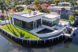690 NE 30th NE Place Boca Raton FL 33431 House for sale