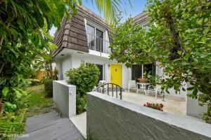 106 Linda Lane Palm Beach Shores FL 33404 House for sale