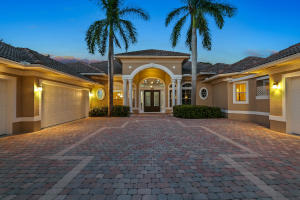 8695 SE Compass Island Way, Jupiter, FL