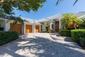2368 Golf Brook Drive Wellington FL 33414 House for sale