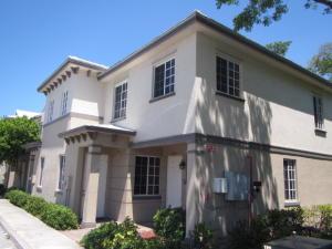 2002 Freeport Lane Riviera Beach FL 33404 House for sale