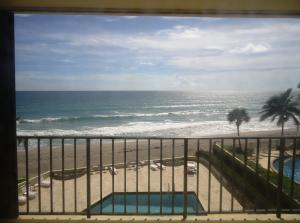 200 S Beach Road Tequesta FL 33469 House for sale