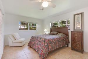Property for sale at 139 Beacon Lane Jupiter Inlet Colony FL 33469 in JUPITER INLET BEACH COLONY