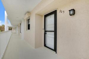 300 N A1a Jupiter FL 33477 House for sale