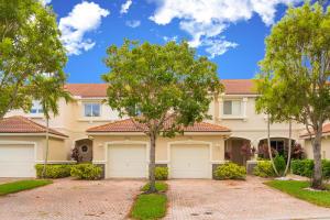 2015 Oakhurst Way Riviera Beach FL 33404 House for sale
