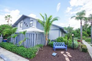 424 N Cypress Drive Tequesta FL 33469 House for sale