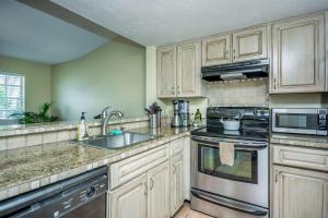 1050 Lake Shore Drive Lake Park FL 33403 House for sale