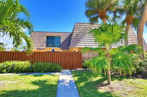 125 Ocean Cove Drive Jupiter FL 33477 House for sale