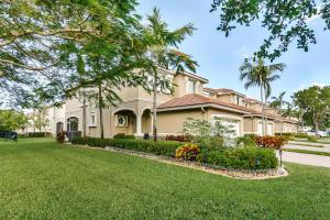2026 Oakhurst Way Riviera Beach FL 33404 House for sale