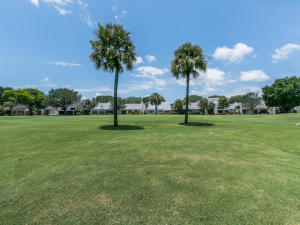 Property for sale at 17105 Bay Street Jupiter FL 33477 in BAYTOWNE OF JONATHANS LANDING