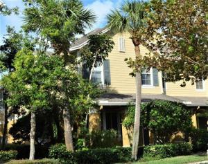 200 W Thatch Palm Circle Jupiter FL 33458 House for sale