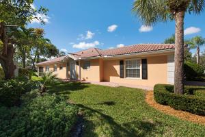 5045 Magnolia Bay Circle Palm Beach Gardens FL 33410 House for sale