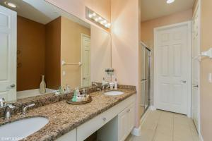 Property for sale at 145 E Indian Crossing Circle Jupiter FL 33458 in Osceola Woods Abacoa