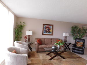 Property for sale at 5344 Woodland Lakes Drive Palm Beach Gardens FL 33418 in Woodland Lakes