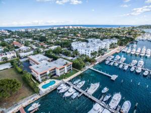 220 Lake Dr Palm Beach Shores FL 33404 House for sale