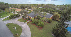 76 Yacht Club Place Tequesta FL 33469 House for sale